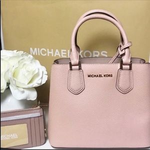 Michael Kors Purse Adele Zip Top Coin Pouch